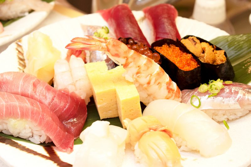 豪華なお寿司が食べ放題!